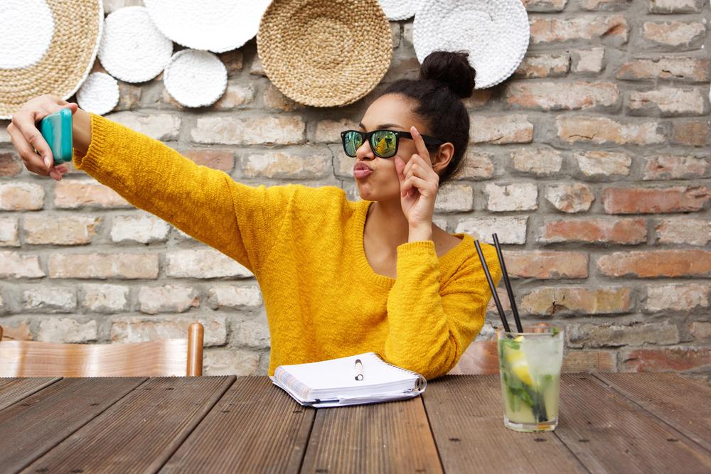 Aký pocit získate po pár minútach na vašich sociálnych sieťach? Foto: Shutterstock