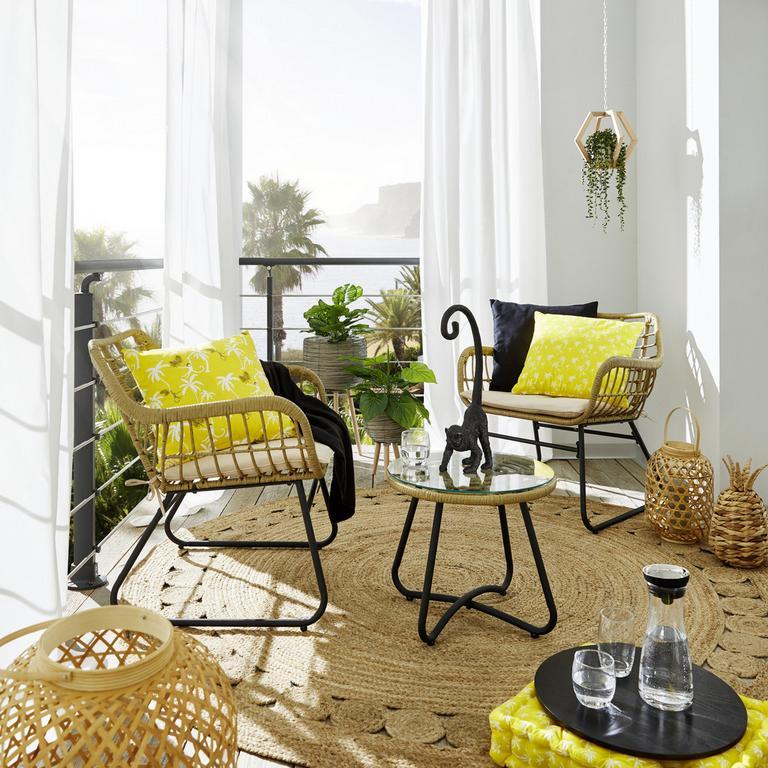 Nábytok z polyratanu pôsobí sviežim, exotickým dojmom a ľahko sa udržiava.