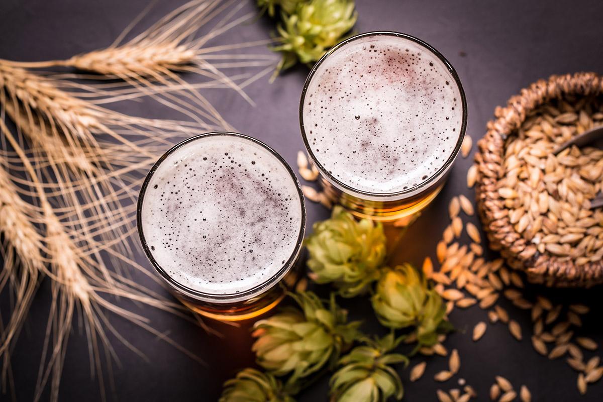 Nealko pivo sa môže vyrávať tromi rôznymi spôsobmi. Foto: Shutterstock