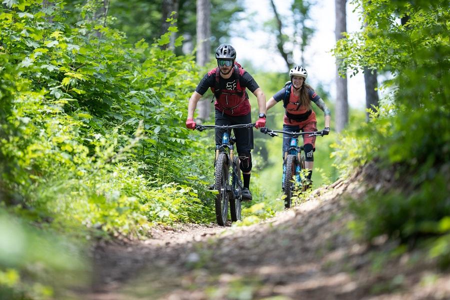 Horská cyklistika vo Viedenskom lese (c) Niederösterreich Werbung/ Markus Frühmann
