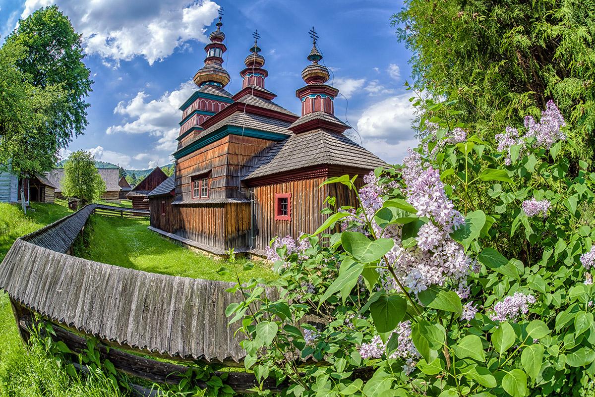 Drevený kostolík pri Bardejove. Foto: Shutterstock